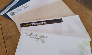 Il fascino indelebile delle buste da lettera personalizzate...