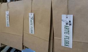 Cartellini su carta riciclata